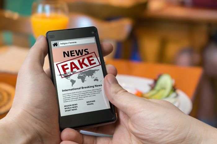 ¿Cómo identificar y reportar noticias falsas en Facebook?